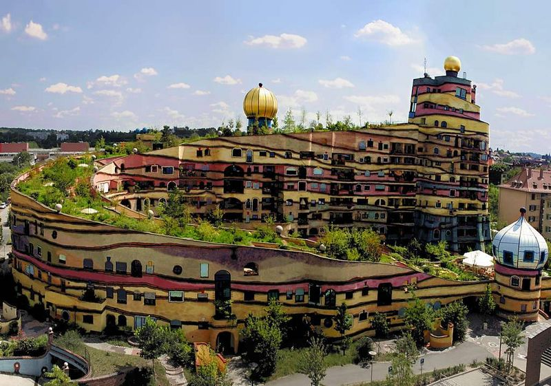 Waldspirale_Hundertwasser_Edificio