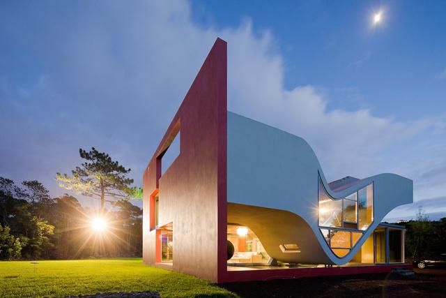 Modelos de casas futuristas goplaceit for Casas futuristas