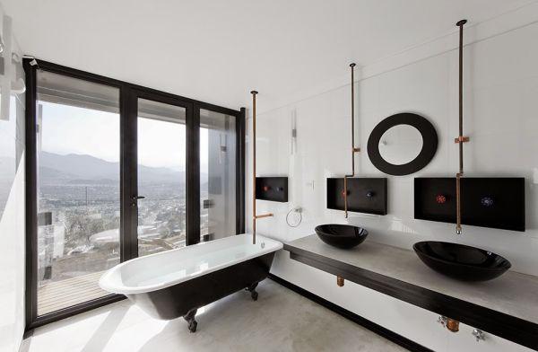 15-casa-oruga-sebastian-irarrazaval-photo-@-sergio-pirrone