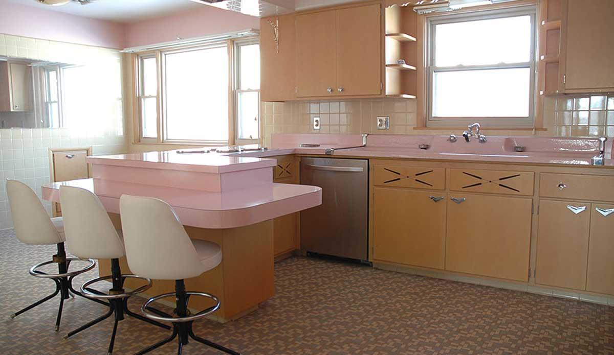 retro-50s-kitchen-pink-nathan-chandler91