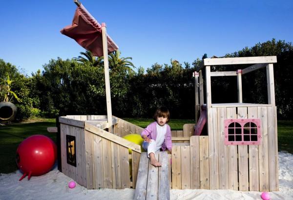 Cómo fabricar una zona de juegos infantiles en el jardín ...